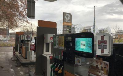 Caisson numérique Station Essence